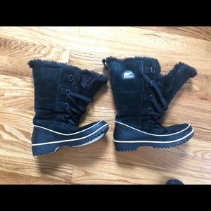 Sorel tivoli high black lined snow boots Sz 7
